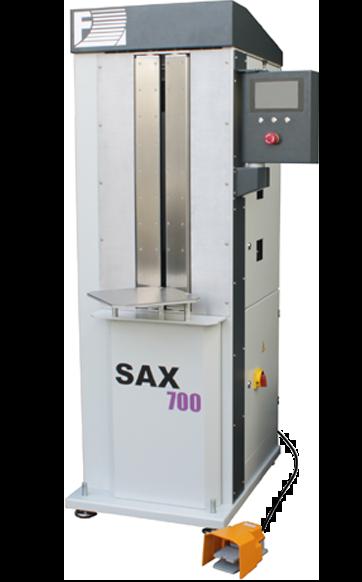 SAX 700